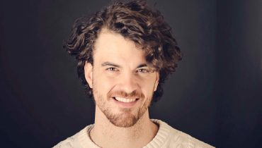 Curly Hair Undercuts for men